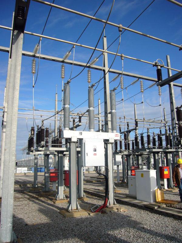 POSICION FINALIZADA DE INTERRUPTOR HFF 725 kV