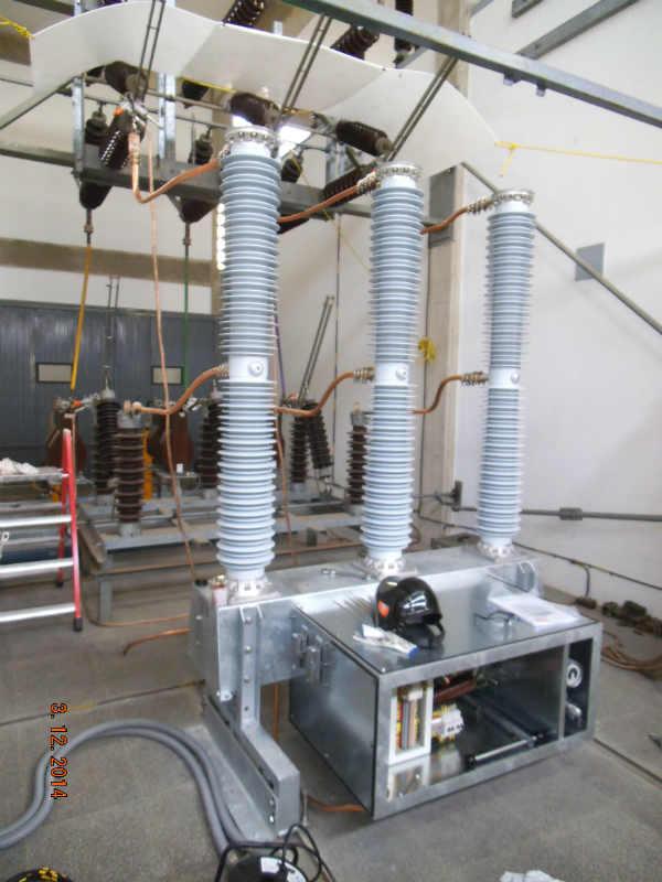 SUSTITUCION INTERRUPTOR HFF 725 kV (---)